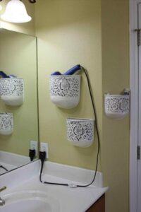 porta vasi usato per riporre il phon