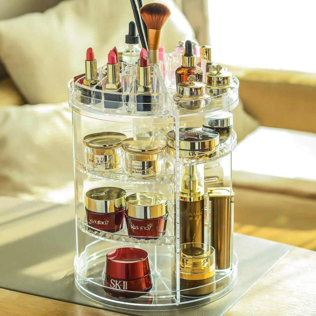 organizer trasparente girevole con cosmetici
