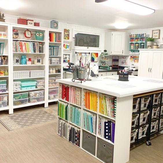 foto di una craft room da sogno